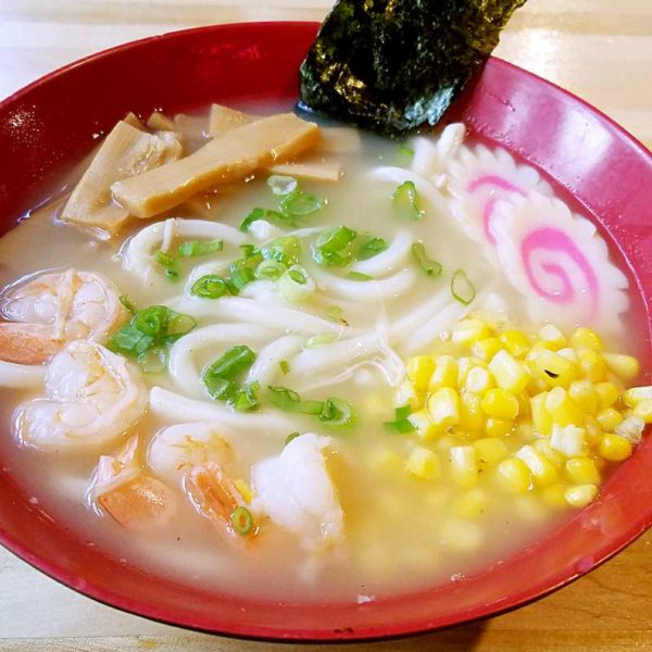 japanese-seafood-udon-noodle-soup